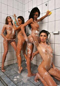 Public Shower Pics